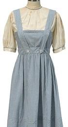 "Rochia purtata de Dorothy in ""Vrajitorul din Oz"" a fost vanduta"