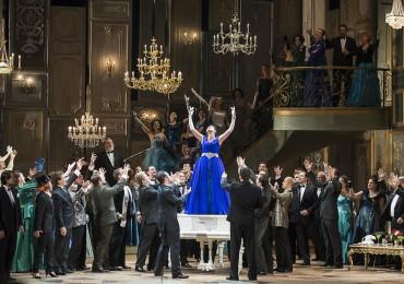 foto premiera Traviata - oct 2014