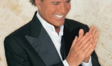 Julio Iglesias vrea 150 de milioane de dolari pentru un teren din Miami