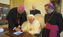 Papa Francisc le-a multumit tuturor follower-ilor sai la 5 ani de cand are cont de Twitter