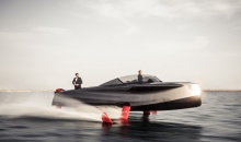 Show al ambarcatiunilor de lux la Dubai si un yaht zburator