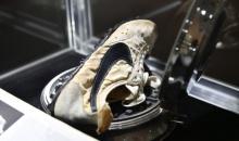 Una dintre primele perechi de Nike, vanduta cu 437.500 de dolari