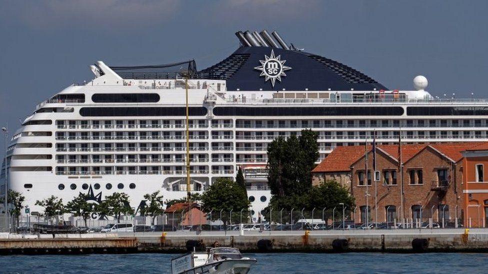 MSC Orchestra este prima nava de croaziera care a ajuns la Venetia dupa 17 luni de pandemie - LuxuryOnline